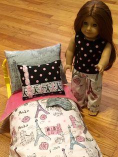 blanc superpos s avec literie pour 18 dans par bedsandthreads meubles accessoires poup e 18. Black Bedroom Furniture Sets. Home Design Ideas