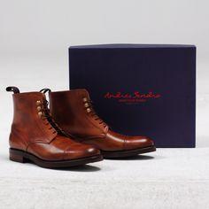 Andres Sendra Boots - http://www.andres-sendra.com/es/piel-natural.html