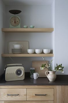 Une cuisine avec un petit côté vintage / A kitchen with a little vintage side