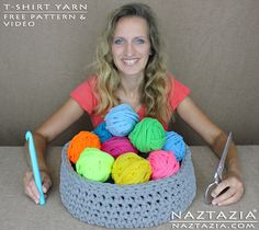 DIY Free Pattern How to Cut Up and Make T Shirt Tshirt Tarn Zpagetti Trapillo Super Bulky Weight Yarn and Crochet Basket Vase Container with YouTube Video by Naztazia