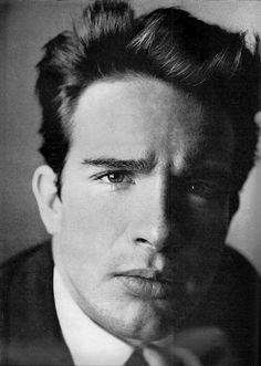 Warren Beatty, a true hunk who kept his bachelorhood a long time ... the George Clooney of his day.