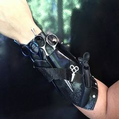 ***LEFT HANDED STYLISTS***Contact me if you are a LEFTY!!! Beautiful metallic black leather main base accented with a mix of smooth black and a shiny texture leather straps. Silver crystal rivets and a silver crystal shear highlight this beauty. You pick your Armorizer (Stylist is shown)!