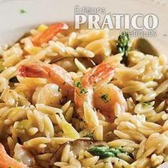 S'inspirer du risotto pour créer un orzo crémeux? Quelle bonne idée! On y retrouve sensiblement les mêmes bons ingrédients que dans un risotto. Il s'agit aussi d'une version simplifiée car tout cuit au four. Nul besoin de remuer de nombreuses minutes! Risotto, International Recipes, Pasta Salad, Inspirer, Seafood, Side Dishes, Rolls, Food And Drink, Cooking Recipes