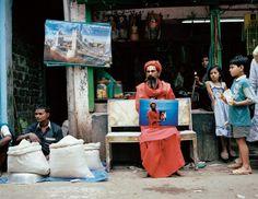 Gilles Saussier - Studio Shakhari Bazar Mise en abyme de la photographie dans la photographie à la manière des poupées russes