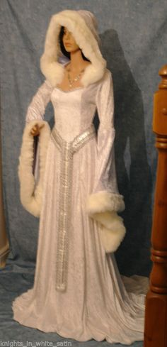 Medieval Gothic Renaissance Narnia Snow Queen wedding dress ELVEN Hooded this sure is a pretty one i wonder if it is even close to being warm lol Snow Queen Dress, Queen Wedding Dress, Snow Dress, Wedding Dresses, Bridal Gowns, Medieval Gown, Medieval Wedding, Renaissance Dresses, Medieval Gothic