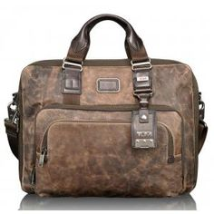 tumi distressed