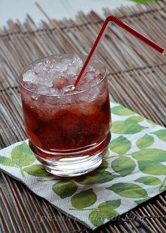 Caipiroska alla fragola analcolica, ricetta aperitivo | I piccoli pasticci di Pam
