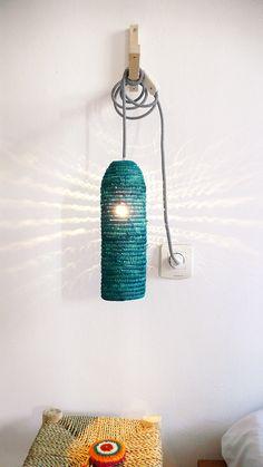 Natürlicher Raffiabast Lampe mit Textile Kabel, Schalter und Stecker - teal