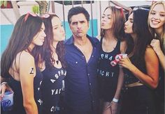 Kissy face with John Stamos
