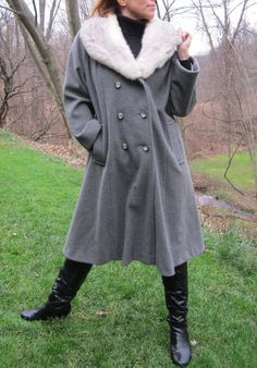 Vintage Winter Maxi Coat with FUR collar  Wool by swankyturtle, $85.00