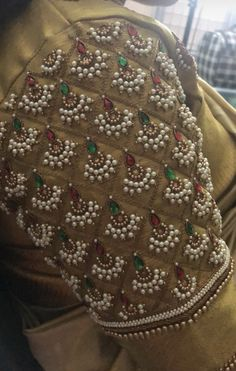 Blouse Designs High Neck, Hand Work Blouse Design, Pattu Saree Blouse Designs, Simple Blouse Designs, Stylish Blouse Design, Fancy Blouse Designs, Bridal Blouse Designs, Embroidery Neck Designs, Hand Embroidery