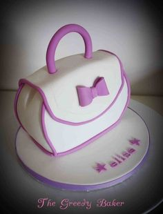 #Handbag #Cake We love and had to share!