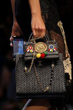 Dolce & Gabbana - Spring 2016 Ready-to-Wear