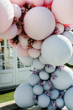 Experiential event ideas - balloons. www.flaunter.com