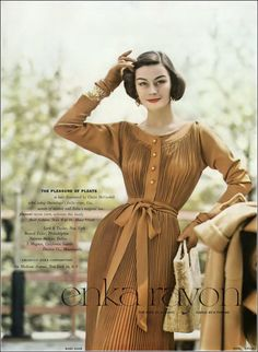 Anne Gunning in Claire McCardell for Vogue, August 1954