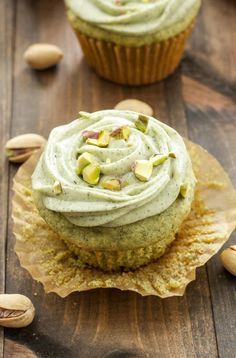 """Pistachio Green Tea Cupcakes with Matcha Cream Cheese Frosting. One pinner said: """"Green tea is the perfect substitute for boxed pistachio pudding in these delicious cupcakes. Cupcake Recipes, Baking Recipes, Cupcake Cakes, Dessert Recipes, Green Tea Cupcakes, Yummy Cupcakes, Matcha Cupcakes, Pistachio Cupcakes, Pistachio Muffins"""