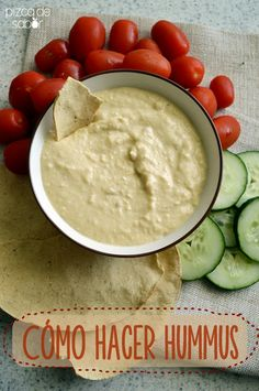 Cómo hacer hummus   http://www.pizcadesabor.com/2014/08/11/como-hacer-hummus/