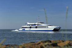 Ms Tiger II #sneldienst #catamaran #Waddenzee #doeksen @rederijdoeksen #terschelling #Vlieland #Harlingen (credits foto: Jeroen Vriend)