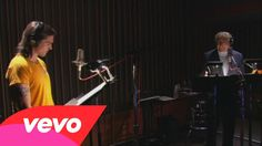 Tony Bennett duet with Juanes - The Shadow of Your Smile - English and Spanish