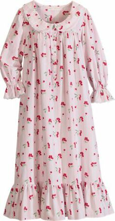 Eileen West Cherries in the Snow Flannel Nightgown @ The Vermont Country Store Womens Flannel Nightgowns, Pretty Outfits, Cool Outfits, Night Suit For Women, Night Gown Dress, Relaxed Outfit, Kids Suits, Nighty Night, Nighties