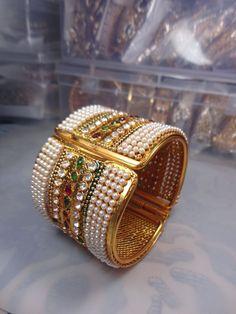 INDIAN BOLLYWOOD KUNDAN CZ GOLD PLATED BRIDAL PEARL POLKI BANGLES BRACELET SET #Handmade #Bangle