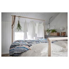 IKEA GJÖRA bed frame Adjustable bed sides allow you to use mattresses of different thicknesses. Dressing Pas Cher, Cama Ikea, Double King Size Bed, Steel Bed Frame, Full Bed Frame, Ikea Family, 54 Kg, Bed Slats, Bed Base