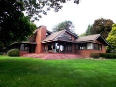 Located in Battle Creek, Michigan, the Ward House was designed by Lee Kawahara; a California born architect who was a follower of Frank Lloyd Wright.