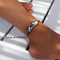 Snoopy halhal… - Old Tutorial and Ideas Bead Loom Bracelets, Bracelet Crafts, Bead Loom Patterns, Jewelry Patterns, Beading Patterns, Bead Jewellery, Seed Bead Jewelry, Beaded Jewelry, Diy Accessories