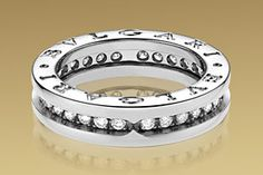 Bulgari-B.ZERO1-web-mar 2013,18k white gold ring pave set diamonds