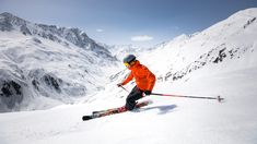 Pitztal with Tyrol's highest glacier ski area might be one of Austria's best-kept skiing secrets. Check out these skiing and snowboarding activities! Snowboarding, Skiing, Tyrol Austria, Ski Sport, Winter Activities, Mount Everest, Explore, Mountains, Sports