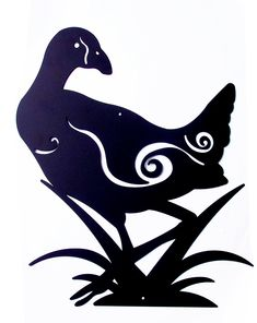 This NZ Pukeko Bird Metal Wall Art is a lovely piece of art to display in your home or on patio. The standing amongst reeds, one its usual habitats (swamps). Nz Art, Painted Stones, Cricut Vinyl, Stone Painting, Metal Wall Art, Garden Art, Habitats, New Zealand, Moose Art