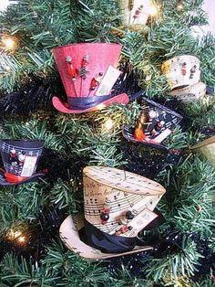 Kerst hoedjes voor in de boom.