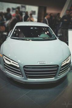 visualechoess:  White cocaine - Audi R8 V10