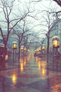 Ideas For Photography Winter City London England Rainy Mood, Rainy Night, Rainy Days, Night Rain, Rainy Weather, Rain Photography, Winter Photography, London Photography, Aesthetic Photography Nature