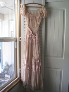 1940s pink party gown S/M by CloudberryVintage on Etsy, $110.00