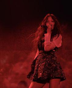 Your source of news on YG's current biggest girl group, BLACKPINK! Kim Jennie, Jennie Kim Tumblr, South Korean Girls, Korean Girl Groups, Lisa Black Pink, Blackpink Members, Blackpink Fashion, Blackpink Jisoo, Soyeon