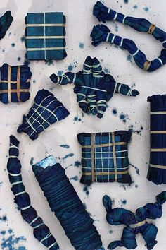 Tie-Dye DIY to Try: Indigo Shibori Cloth // via Honestly WTF