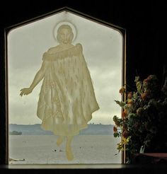 The stained glass window in St. Faith's church at Ohinemutu shows Christ walking on the waters of Lake Rotorua, NZ Faith Church, Walk On Water, Blessed Mother, Great Memories, Where The Heart Is, Stained Glass Windows, Walks, New Zealand, Jesus Christ