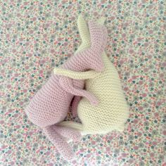 Ravelry: Sitting Hare pattern by Claire Garland