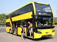 """Auch die neuen BVG-Doppeldecker-Busse """"Citea DLF"""" werden beim niederländischen Hersteller VDL Bus & Coach hergestellt Luxury Bus, Double Deck, Bus Coach, Busses, Trucks, Cars, World, Yesterday And Today, Vehicles"""