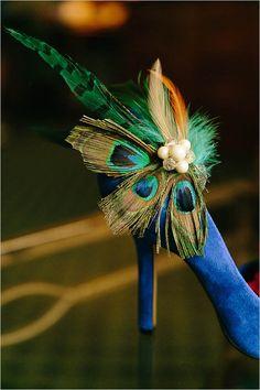 peacock feather embellished wedding shoe @weddingchicks