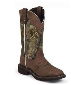 Cowgirl Boots - Justin - Ladies Real Tree Camo Boot, Item# L9609
