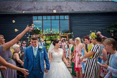 Upwaltham Barns Wedding Photography Harry and Philippa Photography by Vicki_0047