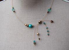 """MAQUETTE - Collier """"Pchittt"""" vert teal bronze et vieil or sur fil cablé - Collection Week : Boucles d'oreille par perles-et-petales"""