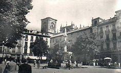 La Fuente de Los Gigantones se colocó en la plaza hacia 1940