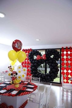 Minnie Mouse Polka dots Birthday Party Ideas | Photo 2 of 7