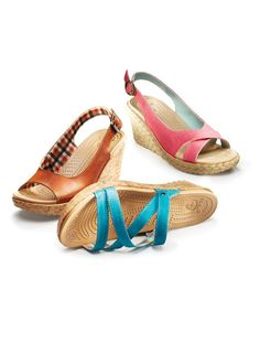Shop the endless styles of casual heels and wedges from Crocs. Get the fashion without sacrificing comfort with comfortable heels and wedges for women today! Crocs Sandals, Women's Crocs, Wedge Sandals, Wedge Shoes, Crocs Men, Crocs Shoes Women, Pumps, Heels, Shoe Box