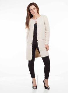 Abrigo chica de punto desmontable y convertible en chaqueta por solo 44,95€ encuentralo en www.otzi.net