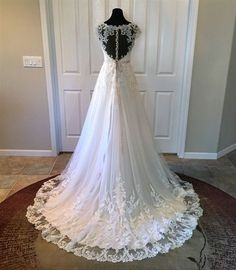 New A-Line Wedding Dress: Pretty Lace Wedding Dress! 2016 Lace & Tulle Over Satin A-Line Gown with a Sweet