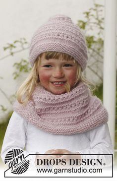 """Knitted DROPS hat and neck warmer in """"Alpaca"""" and """"Kid-Silk"""". Size 3 to 12 years. ~ DROPS Design"""